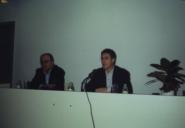Con Justo Navarro (2001)