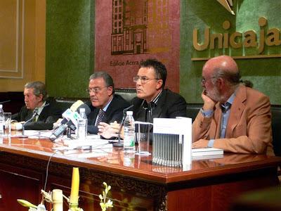 Con Manuel Alcántara, José García Pérez y Mariano Vergara, vicepresidente de Unicaja, noviembre 2007