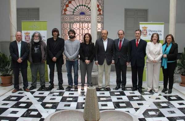 Premioscritica_265_5cc38b8da9fa